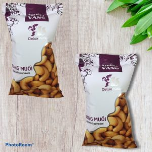 PEELED SALTED CASHEW NUTS 30g